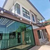 ขาย บ้านเดี่ยว โครงการใกล้รถไฟฟ้าสายสีม่วงสถานีบางไผ่ บ้าน คาซ่าวิลล์ บางใหญ่ 136 ตรม. 42 ตร.วา ออกแบบพื้นที่ใช้สอยกว้าง