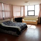ขายคอนโด 2 ห้องนอน 2 ห้องน้ำ วิวทะเล จอมเทียนคอมเพล็กซ์ คอนโดเทล เนื้อที่ 122 ตารางเมตร เมืองพัทยา อ.บางละมุง จ.ชลบุรี