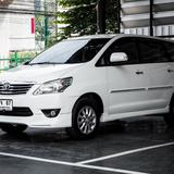 Toyota Innova 2.0V ปี 2012 สีขาว