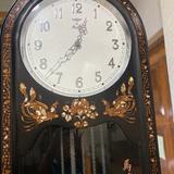 นาฬิกาลูกตุ้มแบบเรือนตั้งพื้น ยี่ห้อ มอเต้ เยอรมนี
