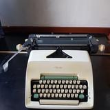 ขายเครื่องพิมพ์ดีด Olympia ภาษาไทย เลขไทยมือสองรุ่น sg3 เหมาะสำหรับการสะสม หรือตกแต่งร้าน ราคาไม่แพง