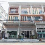 ขาย อาคารพาณิชย์ ถนนเลียบคลอง2 อาร์เค รามอินทรา-คู้บอน 669 ตรม. 43.4 ตร.วา ทำเลหน้าโครงการ เหมาะทำสำนักงาน