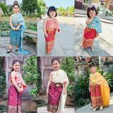 ชุดไทยเด็กหญิง สไบกับผ้าถุง