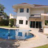ขายเช่า บ้านเดี่ยว โครงการ The Meadows East Pattaya พร้อมสระว่ายน้ำ