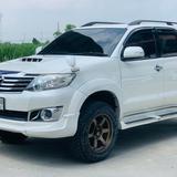 Toyota FORTUNER 3.0v