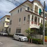 House for sale in an excellent location near Suan Luang Rama 9 Public Park and Ramkhamhaeng University 2 Bang Na