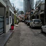 TOWN HOUSE  REDUCED PRICE FOR RENT FOR  FIGHTING COVID-19 renovated  FOR RENT AT SUKHUMVIT SOI 39