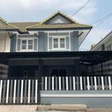 ขาย ทาวน์โฮม บ้านรีโนเวทใหม่ สวยกริ๊บ พร้อมอยู่ หลังมุมใน บ้านพฤกษา13 รังสิต-คลองสาม ขนาด 24 ตรว. พื้นที่ 150 ตรม. ราคาส