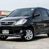 ปี 2011 Toyota Avanza 1.5E SUV 7 ที่นั่ง สีดำ