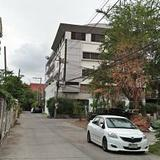 Sale Land with old Building 4 storey closed road in the soi