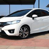 Honda Jazz 1.5 Sv ปี 16  Auto