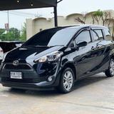 152 Toyota New Sienta 1.5 G AT 2017 สีดำ