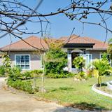Beautiful home for saleบ้านสวยขายถูก เนื้อที่2-0-50ไร่ ด้านหน้าติดถนนเส้นเดียวกับสิงค์ปาร์ค กำลังขึ้น 4 เลน