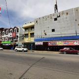 ที่ดิน+อาคารพาณิชย์ 3.5 ชั้น  นื้อที่ 1-1-2 ไร่ ถนนประชาธิปไตย อ.เมือง จ.สุพรรณบุรี