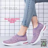 รองเท้าผ้าใบแบบสวม วัสดุผ้าทอคุณภาพดี เนื้อหนานุ่มฟูขึ้นทรง ยืดกระชับตามรูปเท้า