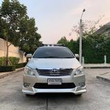 22 Toyota innova 2.0 G สีทอง เครื่องเบนซิน ไม่ติดแก๊ส ปี 2012
