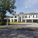 ขายบ้านเดี่ยวหรู 516 ตรว. แสนสิริ พัฒนาการ 30 ระดับ Super Luxury โครงการ Flagship จากแสนสิริ