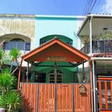 ขายทาวน์โฮม 2 ชั้น สภาพสวย หมู่บ้าน นวลลดา 2 ถนน นวลจันทร์ ใกล้โรงเรียน ยุวฑูตศึกษา