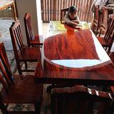 โต๊ะอาหาร ก80xย180+เก้าอี้ 8  ตัว