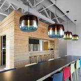 โคมไฟแอปเปิ้ล โคมไฟแก้วใสรูปแอปเปิ้ล โคมไฟแก้วสีเขียว และโคมไฟแก้วสีฟ้า เป็นโคมไฟสไตล์โมเดร์น