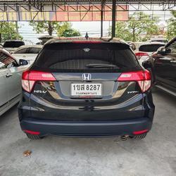 Honda hrv1.8 รูปเล็กที่ 2