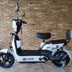 💥(จำนวนจำกัด) จักรยานไฟฟ้า สกูตเตอร์ไฟฟ้า มีที่ปั่น พร้อมไฟเลี้ยวกระจกมองหลัง มี 8 สี รูปเล็กที่ 3