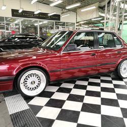 ขายรถเก๋ง BMW 318I เขตลาดพร้าว กรุงเทพ ฯ รูปเล็กที่ 1