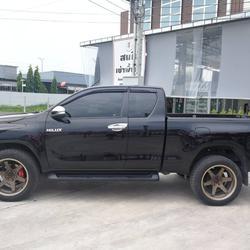 Toyota. Revo