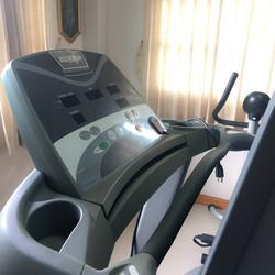 ลู่วิ่งไฟฟ้า HEALTHSTREAM T806 มือ2 สภาพสวย รูปเล็กที่ 2