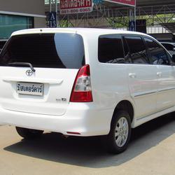 2012 Toyota Innova 2.0 (ปี 11-15) G Wagon รูปเล็กที่ 2
