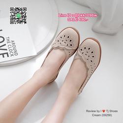 รองเท้าคัชชู น้ำหนักเบา หนังPUนิ่ม ฉลุลาย มีรูระบายอากาศ ใส่แล้วไม่อับเท้า พื้นบุนวมนิ่ม ใส่นุ่มสบายมากๆ ส้นยาง รูปเล็กที่ 4