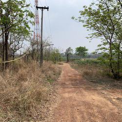 ขายที่ดินเปล่า จังหวัดอุดรธานี อยู่บนถนนมิตรภาพ เนื้อที่ 52 ไร่ 40 ตารางวา รูปเล็กที่ 6