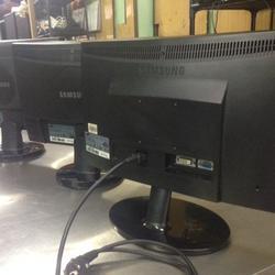 จอ SAMSUNG LCD 19 นิ้ว รูปเล็กที่ 3
