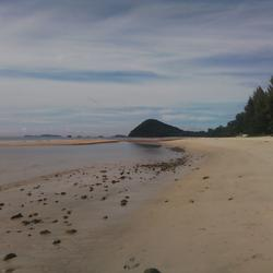 Sale Land 2 Rais close beach just 150 m.suitable for retirement very peacefully greenery รูปเล็กที่ 3