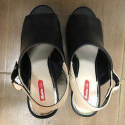 รองเท้าสีดำส้นตึก Bata Red Label เบอร์ 6.0 รูปเล็กที่ 2