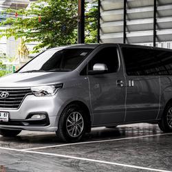 Hyundai H1 Touring โฉมปัจจุบัน ปี 2019 เลขไมล์ 30,000 กิโล รูปเล็กที่ 3