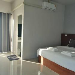 ขายด่วน โรงแรมเมืองลำปางใหม่มาก ทำเลดี ขายราคาต่ำกว่าราคาประเมิน รูปเล็กที่ 1