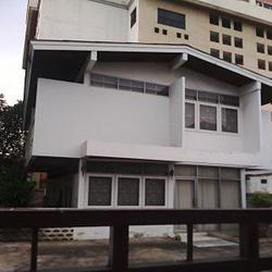 OLD HOUSE SUITABLE FOR HOUSE OR APARTMENT ,HOME OFFICE SUKHU รูปเล็กที่ 2
