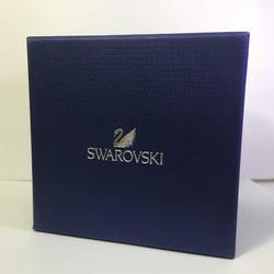 นาฬิกางาน  Swiss brand Swarovski รุ่น  5200341  Crystalline Oval watch รูปเล็กที่ 4