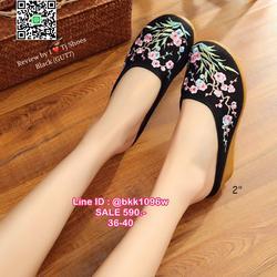 รองเท้าเปิดท้าย เสริมส้น 2 นิ้ว วัสดุผ้าปักลายดอกไม้น่ารักๆ น้ำหนักเบา รูปเล็กที่ 2