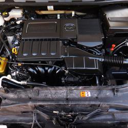 💥 ฟรีดาวน์ ออกรถ 0 บาท 💥 MAZDA 3 มาสด้า 3 5ประตู รุ่นท็อป รถบ้าน รถมือสอง ดาวน์น้อย รถสวย รถเก๋ง แต่ง พร้อมใช้ รูปเล็กที่ 6