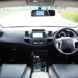TOYOTA FORTUNER 3.0 V 4WD TRD Sportivo Midnight Shine ปลายปี 2014 จดปี 2015 เกียร์AUTO 5 SPEED 4X4 สภาพนางฟ้า  รูปเล็กที่ 3
