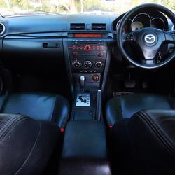 💥 ฟรีดาวน์ ออกรถ 0 บาท 💥 MAZDA 3 มาสด้า 3 5ประตู รุ่นท็อป รถบ้าน รถมือสอง ดาวน์น้อย รถสวย รถเก๋ง แต่ง พร้อมใช้ รูปเล็กที่ 4