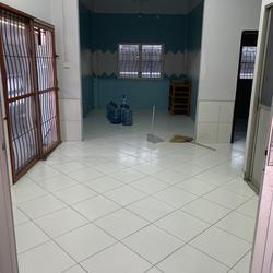 ให้เช่าบ้านเดี่ยว 2 ชั้นซอยนวลจันทร์ 4 ห้องนอน 2 ห้องน้ำ รูปเล็กที่ 2