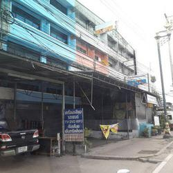 ขายตึกอาคารพานิชย์ 2 คูหา ติดถนนกิ่งแก้ว ซอย 39