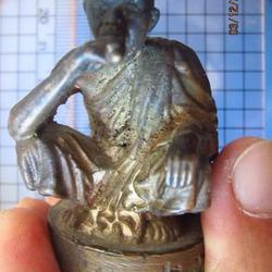 4981 พระบูชา หลวงพ่อคูณ วัดบ้านไร่ นั่งยอง หน้าตัก 3.5 ซม.นค รูปเล็กที่ 1