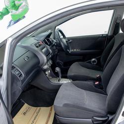 รถยนต์มือสองคุณภาพดีพร้อมใช้งานรับประกันคุณภาพ รูปเล็กที่ 2