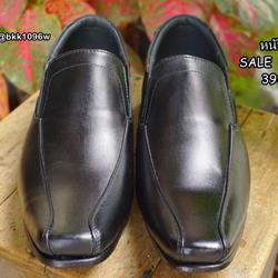 รองเท้าคัทชูหนังแท้ผู้ชาย วัสดุหนังแท้คุณภาพดี แบบสวม  รูปเล็กที่ 2