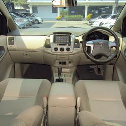 2012 Toyota Innova 2.0 (ปี 11-15) G Wagon รูปเล็กที่ 6