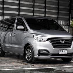 Hyundai H1 Touring โฉมปัจจุบัน ปี 2019 เลขไมล์ 30,000 กิโล รูปเล็กที่ 1